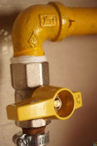 Information for home owners on hiring plumbing services