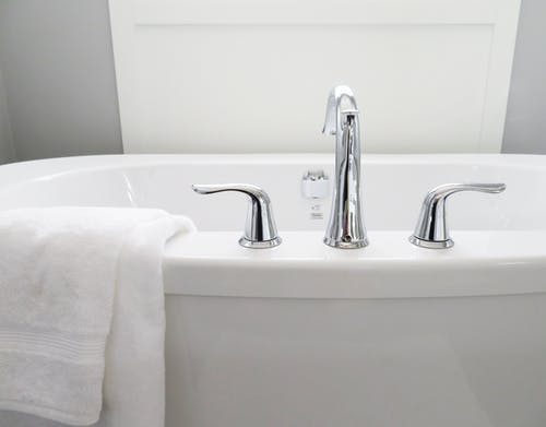 The top three benefits of resurfacing your bathtub today